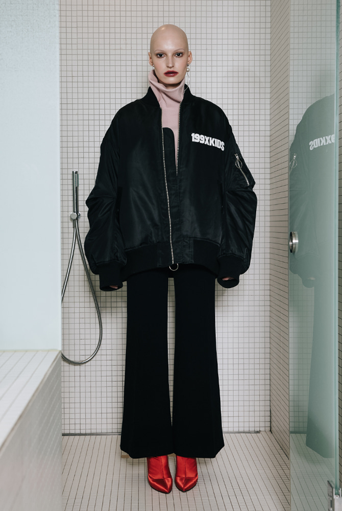 TUCK SLEEVE OVERSIZED MA-1
